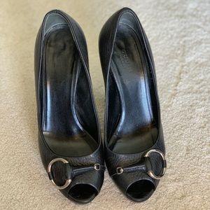 Gucci peep toe heels